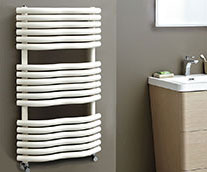 Bow Carbon Steel Heated Towel Rail