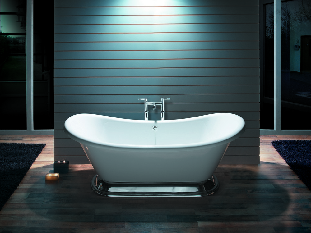 BC Designs Excelsior Acrylic Freestanding Bath with